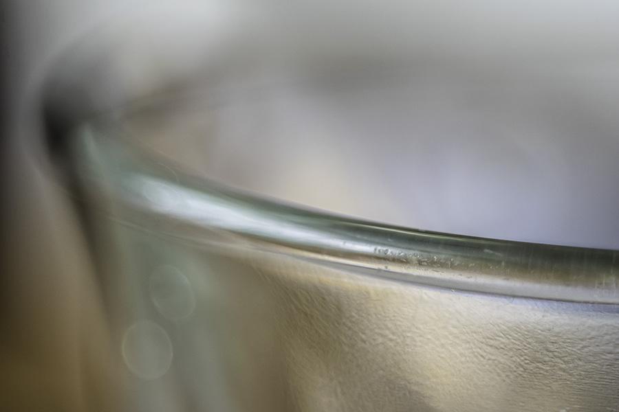 Rand-van-een-glas