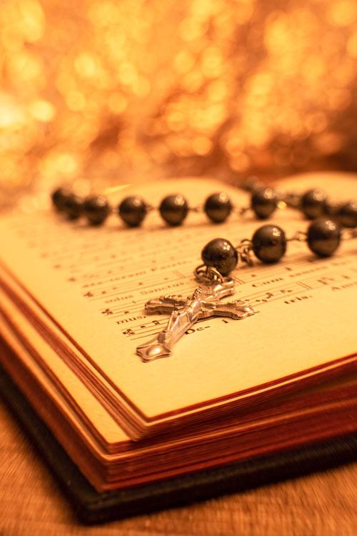 rozenkrans-bijbel-katholiek-macro